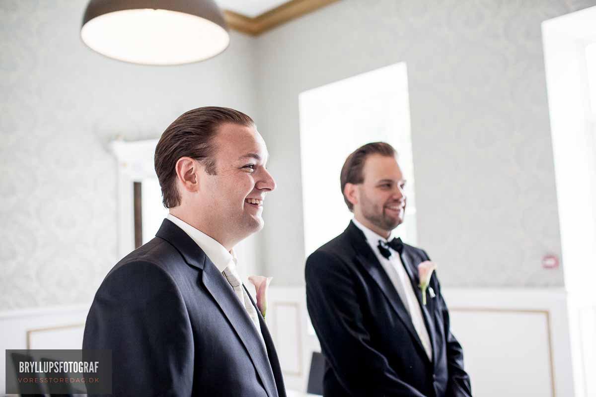 den typiske bryllupsfotograf